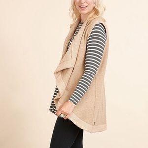 Matilda Jane tan/gold waterfall vest size medium